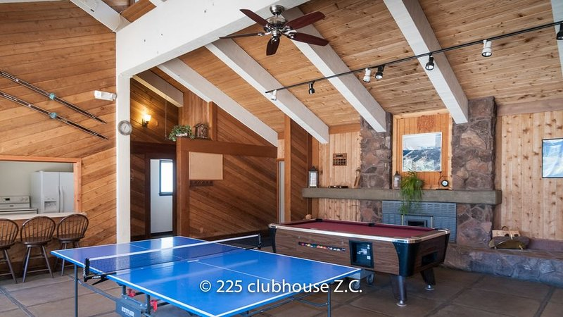 Clubhouse pool and ping pong