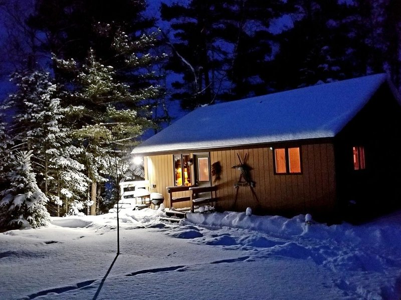 Picture Perfect Days... Beautiful Lakeside Cabin, casa vacanza a Boulder Junction