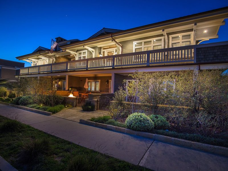 Carpinteria's One Of A Kind Penthouse w/ Ocean Views - Steps From The Beach, vacation rental in Carpinteria