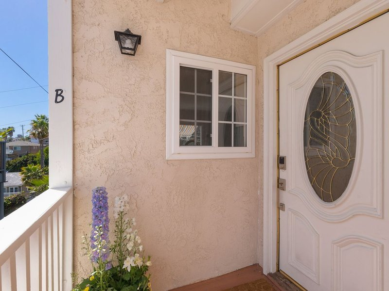 Great Lantern District Location!.. Central AC!...Ocean View, holiday rental in Dana Point