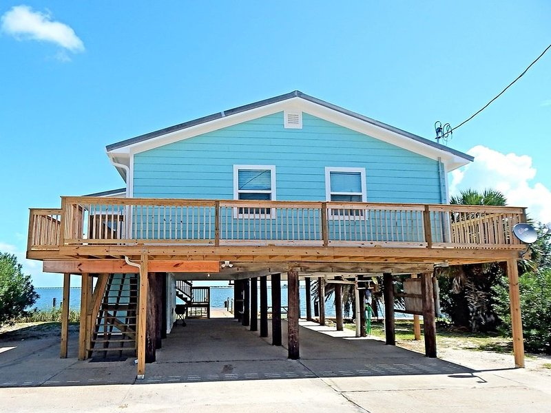 Come Fish Right Off The Dock!, holiday rental in Dauphin Island