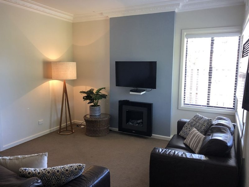 WONTHAGGI-COSY COTTAGE - PET FRIENDLY- WIFI, location de vacances à Loch