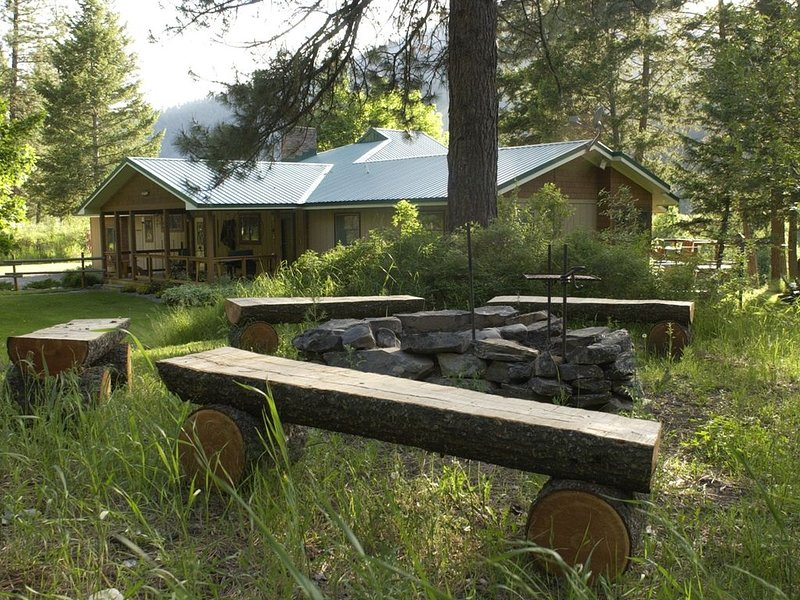 Stunning Home At Rock Creek, in The Mountains Of Western Montana..., holiday rental in Clinton