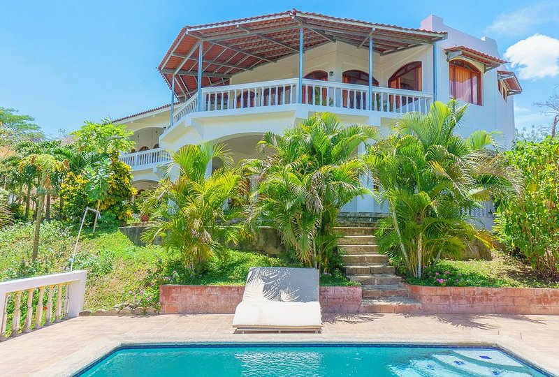 Casa Carmella by the Ocean - private idyllic setting., holiday rental in Playa Maderas