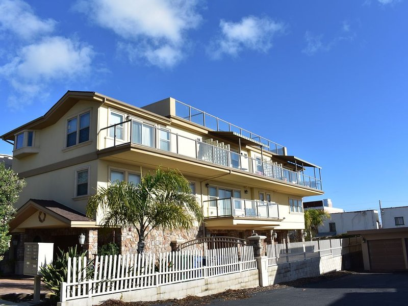 High-End Townhome with Unbelievable Views, holiday rental in Pismo Beach