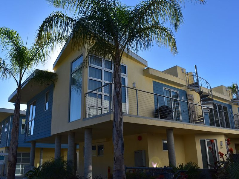 Avila Beach New Construction - Air Conditioning Throughout, holiday rental in Avila Beach