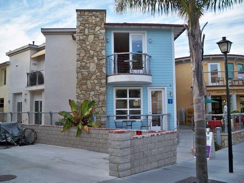 55 San Miguel: 3  BR, 2.5  BA Condominium in Avila Beach, Sleeps 8, holiday rental in Avila Beach