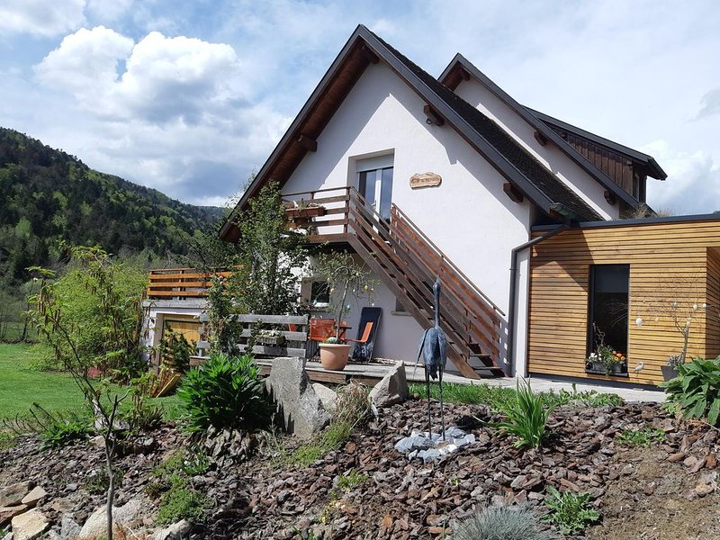 Comfortable cottage, sleeps 4, located at the foot of the Ballon d'Alsace – semesterbostad i Haut-Rhin