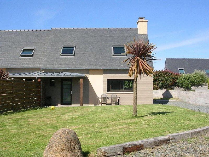 Maison neuve, impasse privée 700m de la plage principale, très calme, holiday rental in Cotes-d'Armor