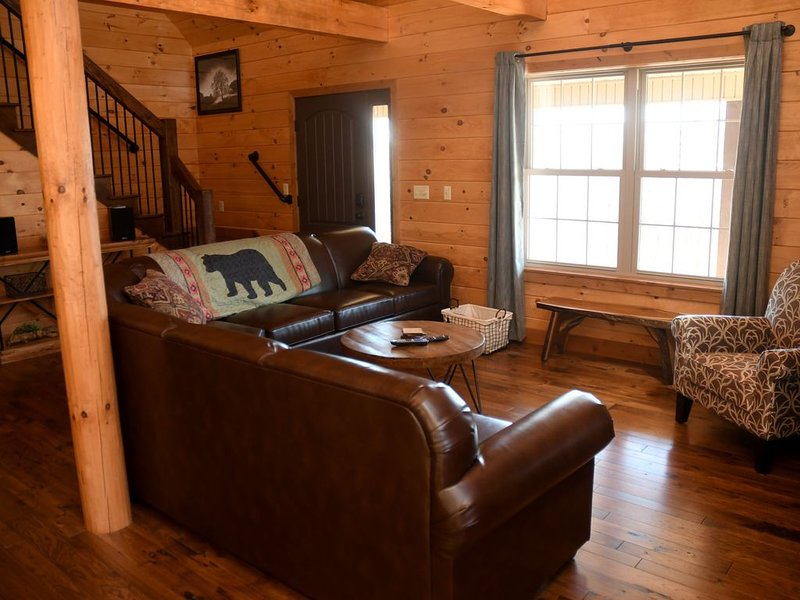 If you are ready to travel and relax look no further!, holiday rental in Allensville