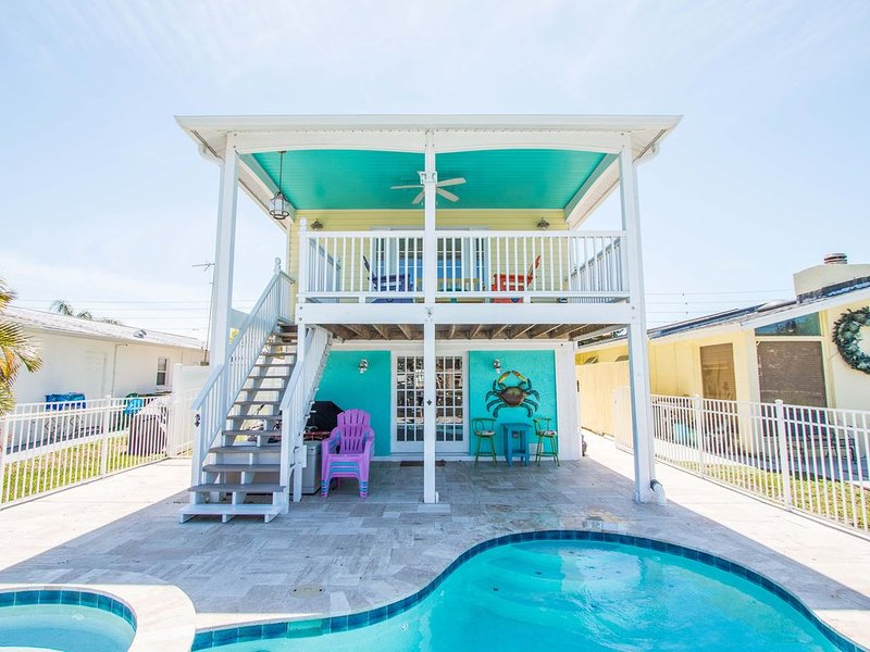 2 Bdms, 3 Baths, Deep Channel Waterfront, alquiler de vacaciones en New Port Richey