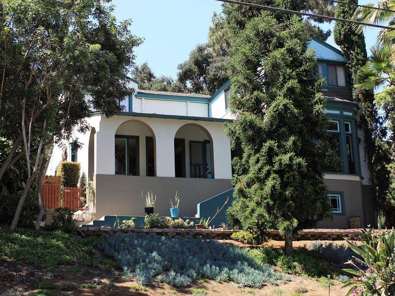 Vintage LA, Majestic home in Glendale, vacation rental in Glendale
