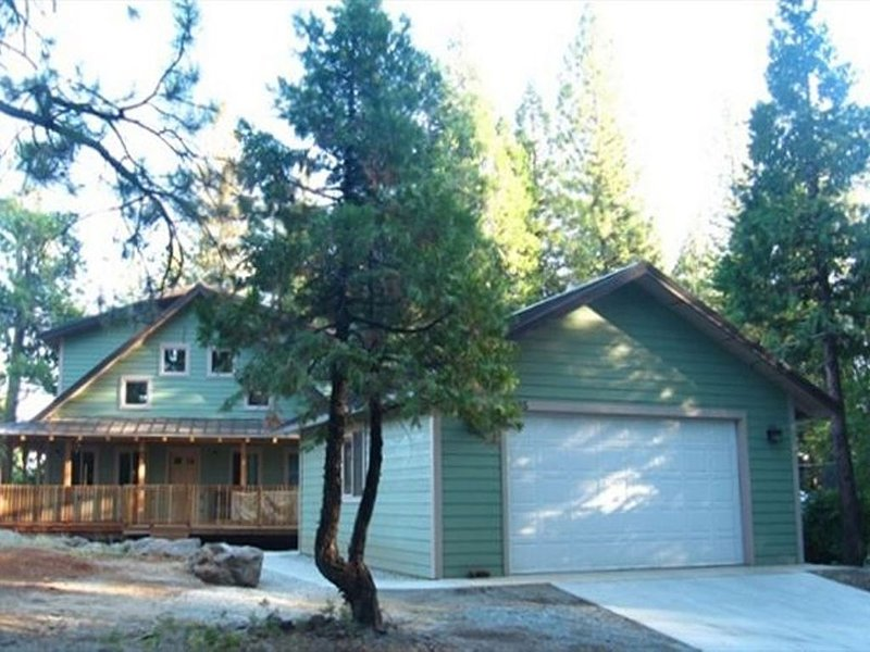 Newly Built Cabin In Lakemont Pines, Arnold, vacation rental in Arnold