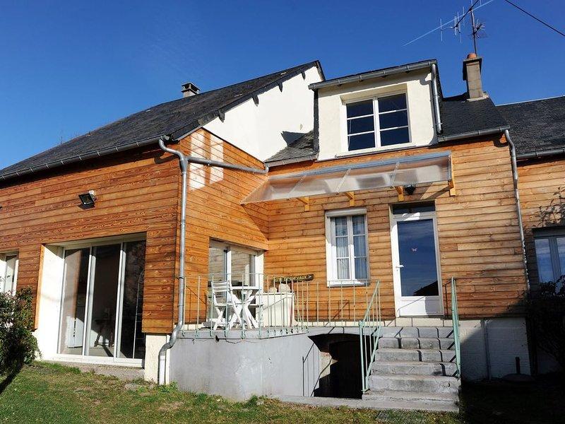 Petite maison indépendante au coeur du morvan, location de vacances à Chaumard