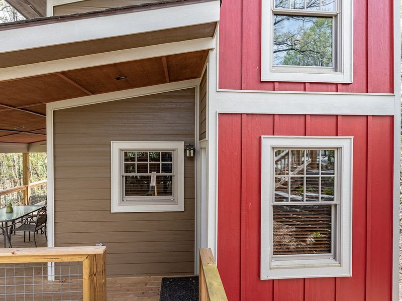 Adorable Tiny Home minutes from downtown Blowing Rock, alquiler de vacaciones en Blowing Rock