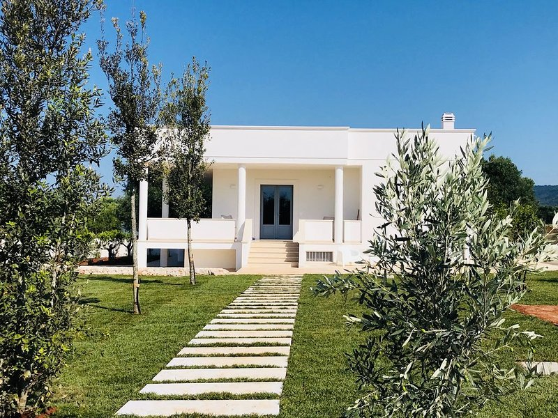 Villa in Puglia with sea view in amazing countryside, holiday rental in Pezze di Greco