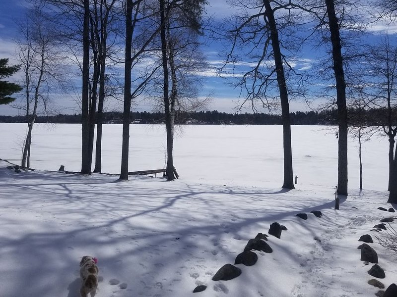 Ice fishing and snow mobile oasis, holiday rental in Saint Germain