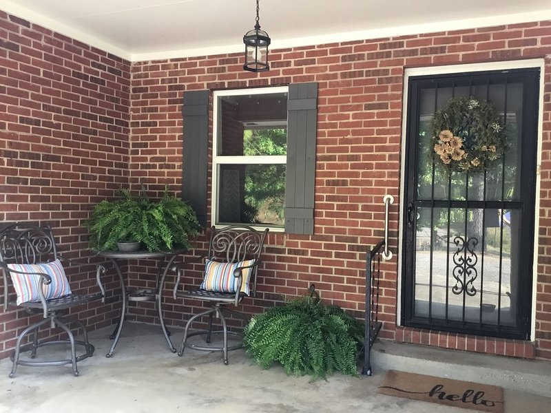 3 min to Paris Landing & KY Lake - 3br/2ba Remodeled/Clean, holiday rental in Dover