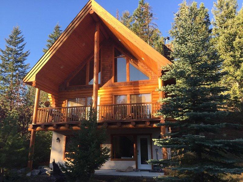 Rocky Mountain Getaway - Canadian Mountain Cabins, holiday rental in Kimberley