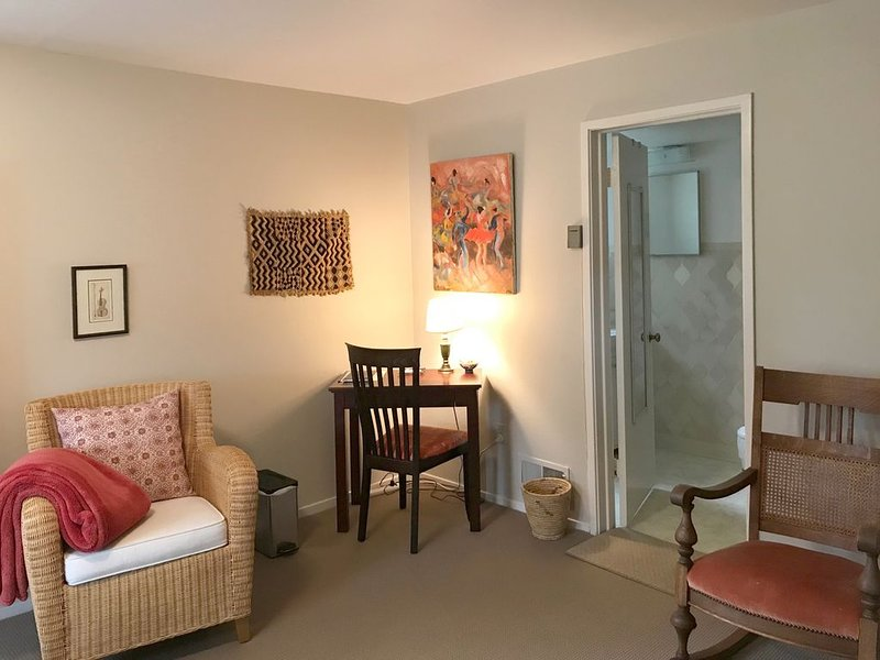 Kentfield Haven - Adorable and Cozy Studio - WINTER SPECIAL, holiday rental in Marin County