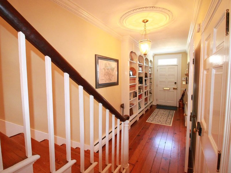 Beautiful Historic Home With Great Location!, vacation rental in Annapolis