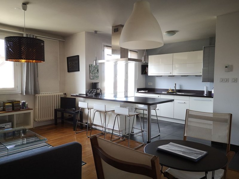 Appartement moderne plein centre, holiday rental in Claix