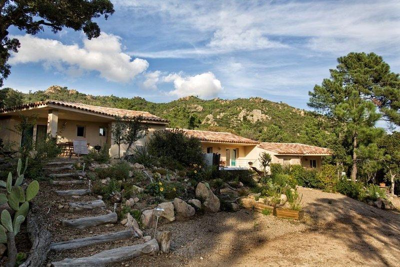 Residence de charme et SPA, nichée dans le maquis, à  PORTO-VECCHIO, alquiler de vacaciones en San-Gavino-di-Carbini