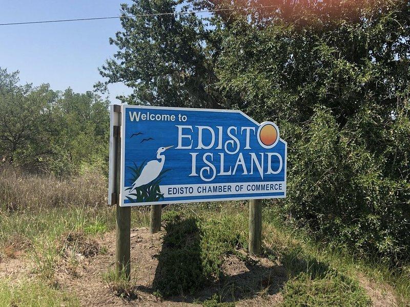 Change your attitude at Changes in Latitude on Edisto Island, And just get away., aluguéis de temporada em Edisto Beach