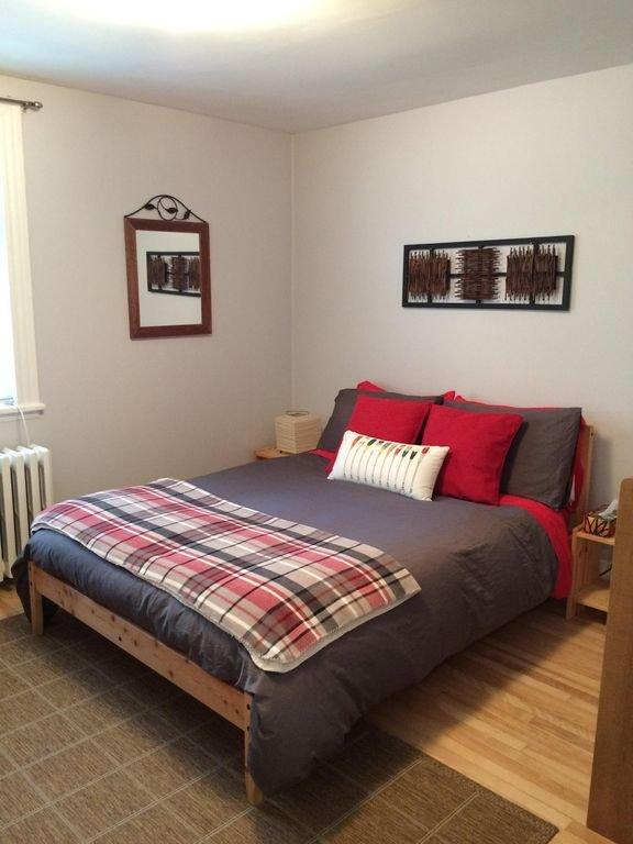 Chambre à coucher # 2 - lit double
