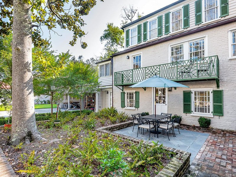 Charming South Of Broad Kitchen House, holiday rental in Charleston