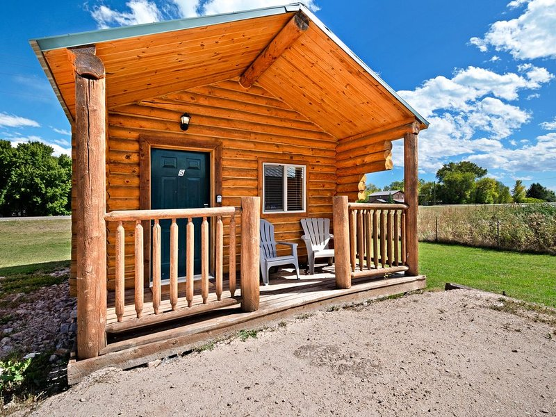 Cozy cabin for two w/ free WiFi & a well-equipped kitchenette, alquiler vacacional en Dingle