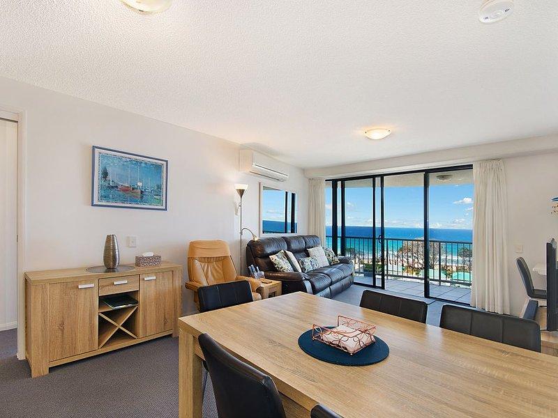 82 Catalina - Ocean Views,  Cotton Tree, casa vacanza a Alexandra Headland