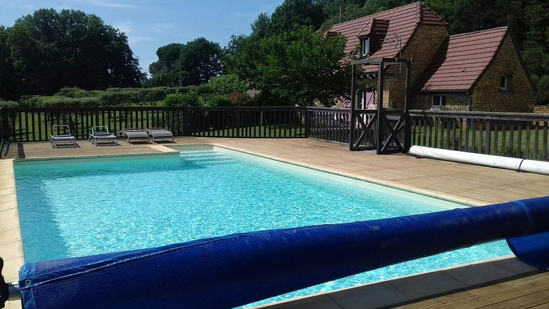 Gîte *** Périgourdin avec piscine privative, vacation rental in Archignac