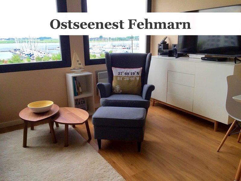 BALTIC NEST FEHMARN with lake view, WiFi, 100 m from the sandy beach, accessibl, location de vacances à Fehmarn