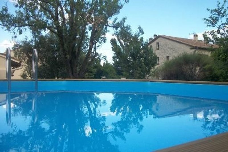 Location maison à Sarrians pour 4 personnes, holiday rental in Vaucluse