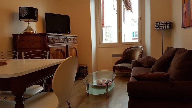 Appartement dans le coeur historique de Saint Jean de Luz location vacances, location de vacances à Saint-Jean-de-Luz