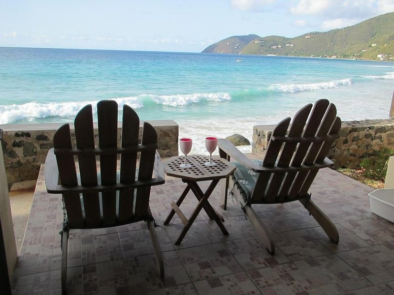Ocean Front At Little Apple Bay, holiday rental in Tortola