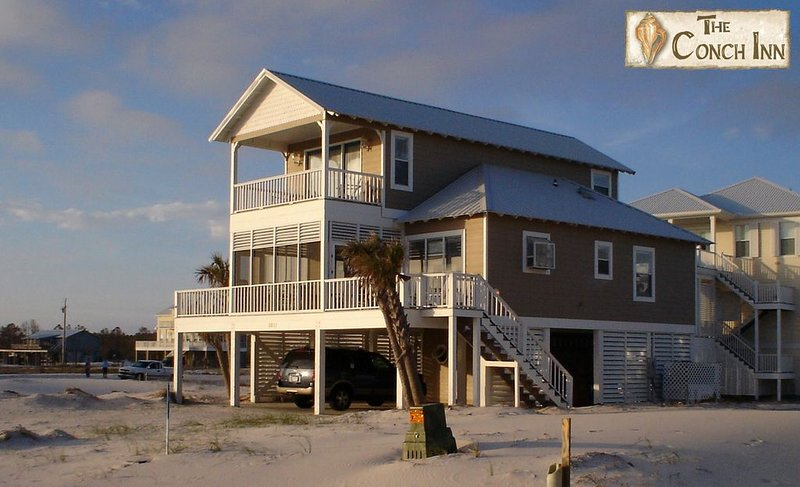 Best First Tier House - Located in beautiful Morgantown, holiday rental in Fort Morgan