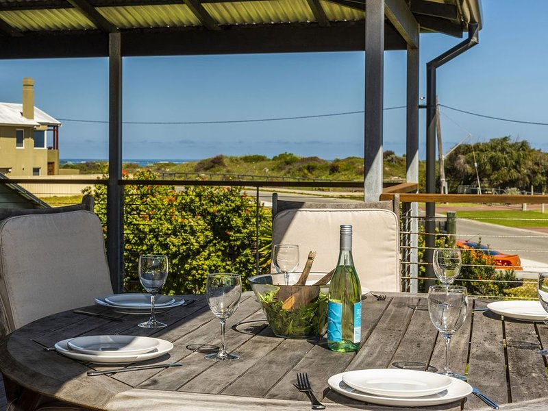 Lano Magic is what you will get with this one!, casa vacanza a Lancelin
