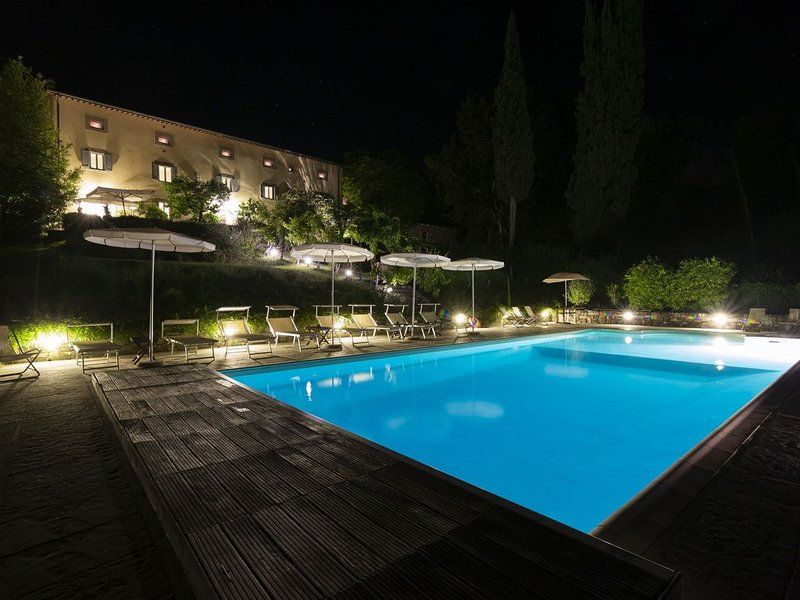 Villa in Toscana con piscina riscaldata, holiday rental in Badia Prataglia