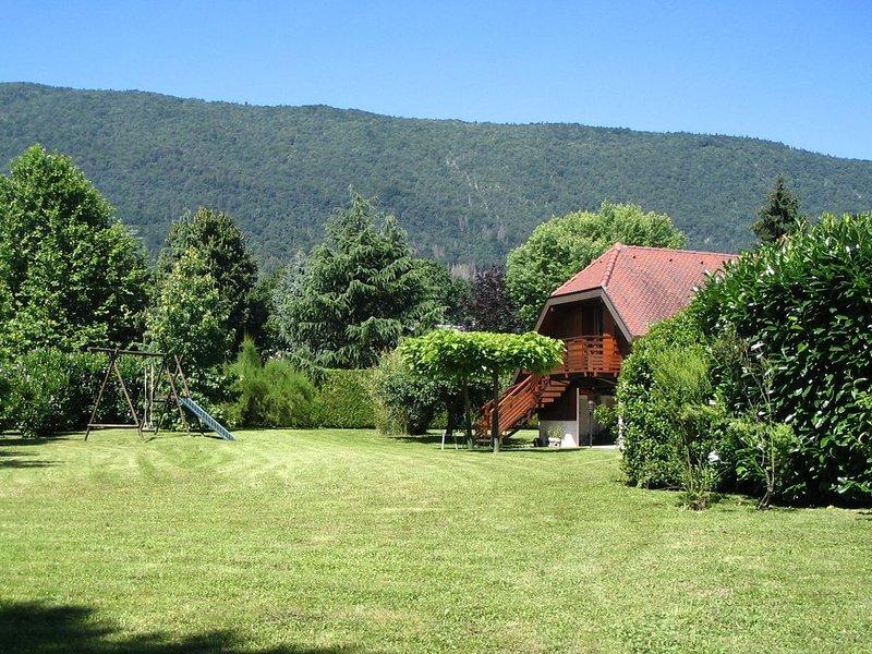 LAC D'ANNECY APPARTEMENT ***  à 100 m DU LAC, location de vacances à Quintal