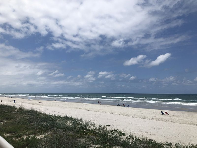 Beachfront Condo in Ponce Inlet, vacation rental in Ponce Inlet