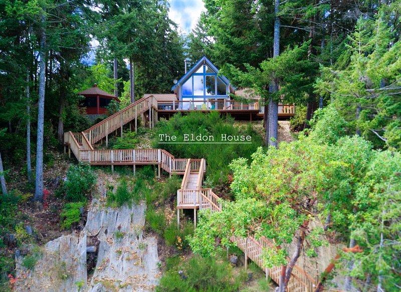 Eldon House on Hood Canal, alquiler de vacaciones en Lilliwaup