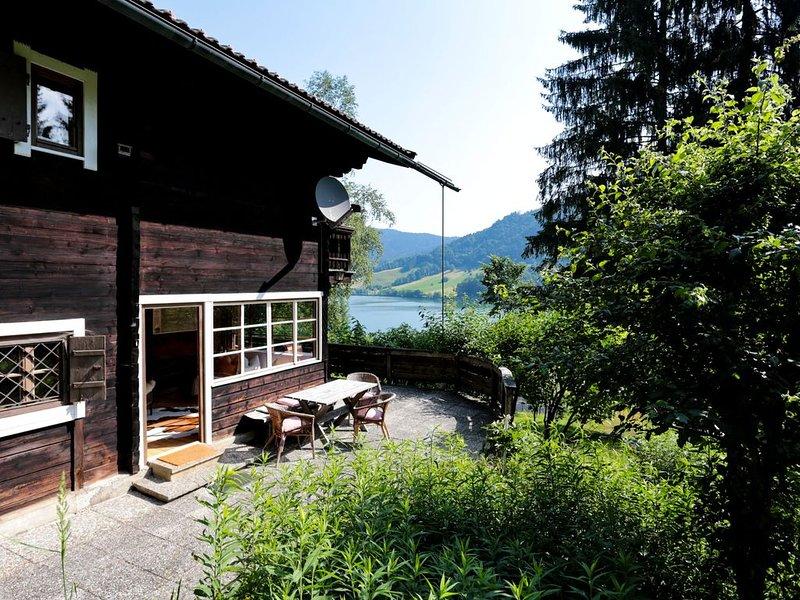 Traumhaus am See für alle Jahreszeiten, location de vacances à Feldkirchen-Westerham