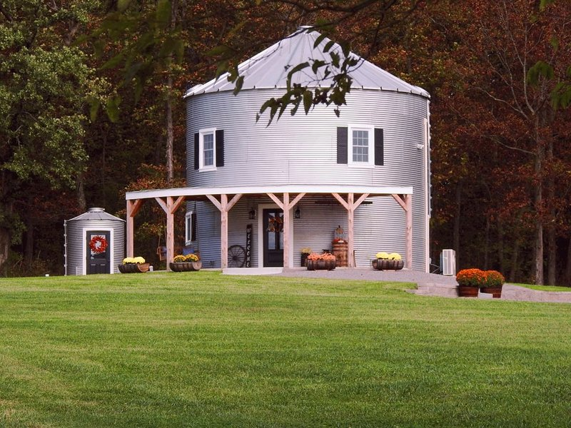 Silo Farm Haus- located in the heart of wine country!, holiday rental in Fredericktown