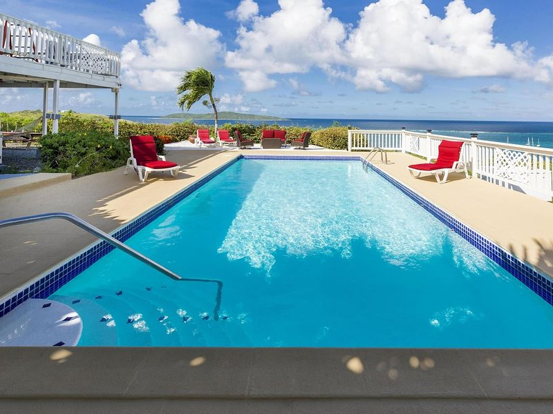 HGTV & People Magazine featured Villa! Large Pool & Best Ocean View on Isle!, holiday rental in St. Croix