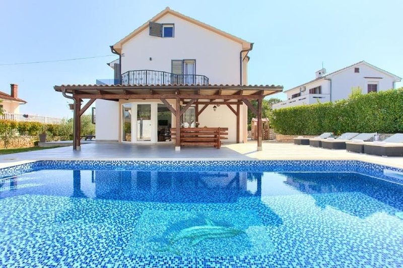 Ferienhaus Malinska für 8 - 10 Personen mit 4 Schlafzimmern - Ferienhaus, casa vacanza a Vantacici