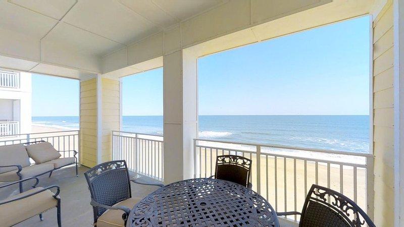 Penthouse Paradise 408 B *Direct Oceanfront!*, alquiler de vacaciones en Virginia Beach
