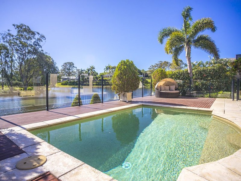 TRANQUILLITY ON THE LAKE, holiday rental in Gold Coast