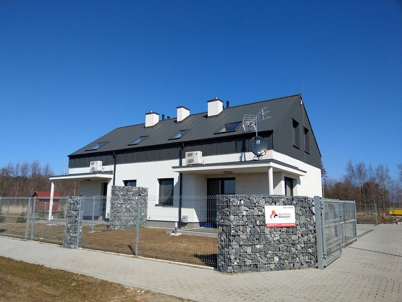 Komfortables Villa an der Polnichen Ostsee in ruhiger Lage, holiday rental in Wolin